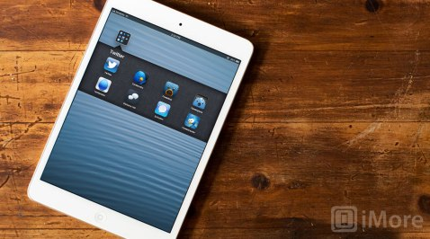 Comparing iPad Twitter app timeline views
